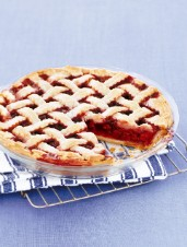 All-Canadian Cherry Pie