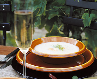 Fennel Soup with Almonds