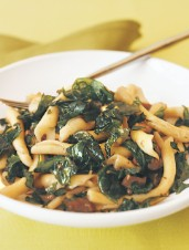 Strozzapreti with Red Wine Chicken Sauce and Crunchy Spinach