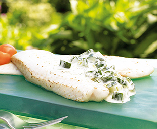 Grilled Fish Fillets with Cucumber Dill Yogurt