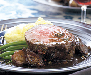 Beef Tenderloin with Shallots and Figs