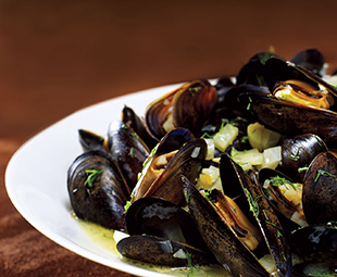 Apple-Orchard Mussels
