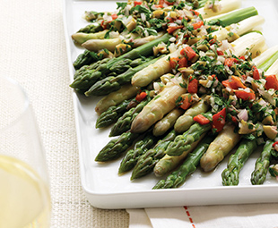 Green & White Asparagus Salad