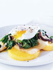 Poached Eggs on Spinach & Polenta