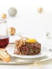 Classic Bistro Steak Tartare with Onion Crisps