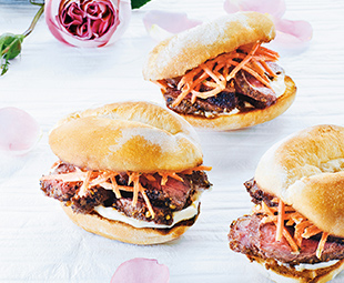Advieh-Spiced Steak Sandwich
