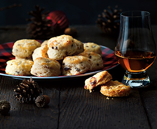Mixed Olive & Parmesan Cocktail Biscuits