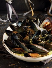 Golden Saffron, Coconut & Beer Mussels
