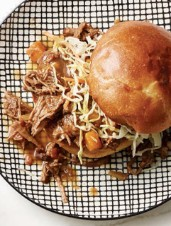 Pulled Beef Ragu Buns