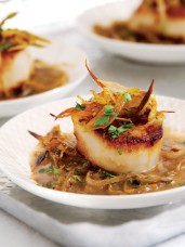 Seared Scallops with Ginger, Lime & Crispy Leeks